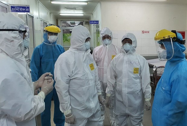 Vietnam confirms 38th death related to COVID-19 hinh anh 1