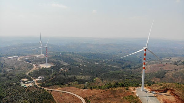 Over 10 trillion VND of FDI poured in six wind power projects in Dak Lak hinh anh 1