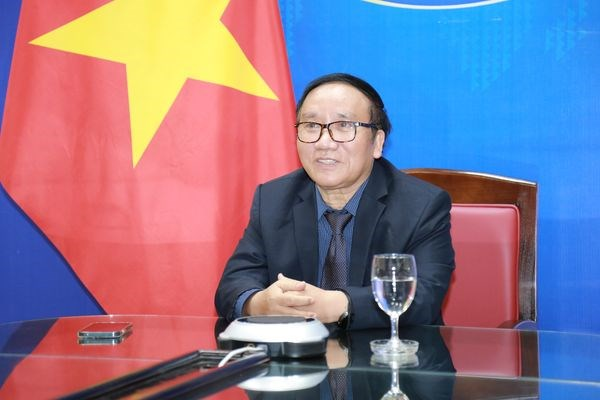 Webinar shares poems and memories of President Ho Chi Minh hinh anh 1