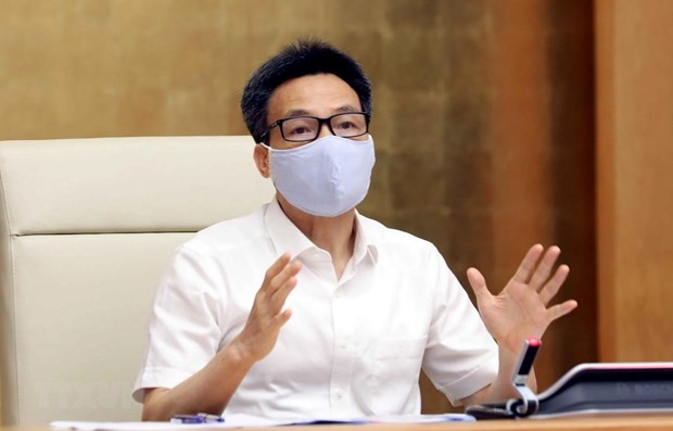 Deputy PM: Firms satisfying epidemiological safety requirements would resume operation hinh anh 1