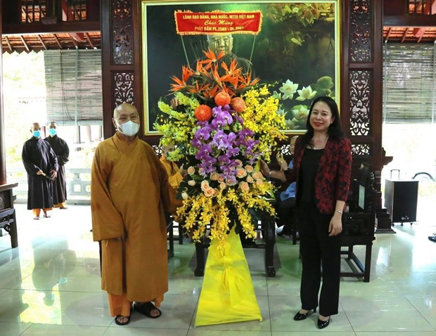 Vice President extends congratulations on Buddha's birthday in Dong Nai hinh anh 1