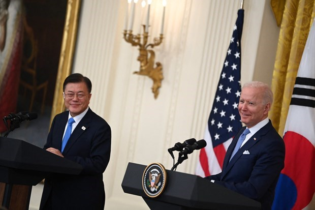 US, RoK reaffirms ASEAN's centrality in maintaining maritime, aviation freedom in East Sea hinh anh 1