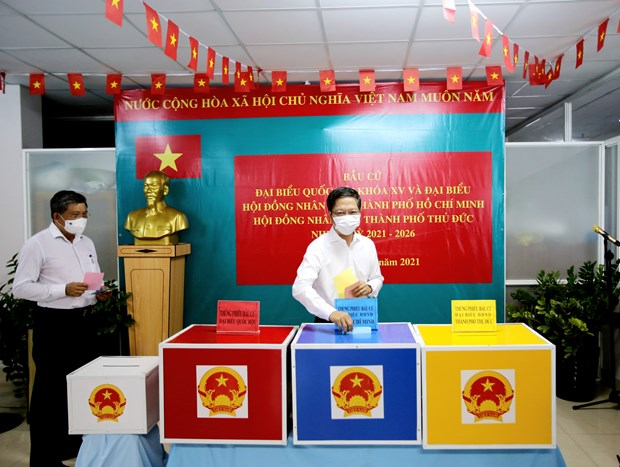Elections go as planned nationwide: NA Vice Chairman hinh anh 1