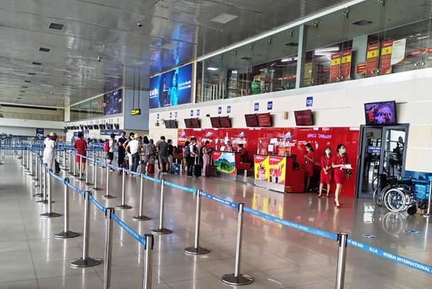 Transport sector faces numerous difficulties due to COVID-19 hinh anh 1
