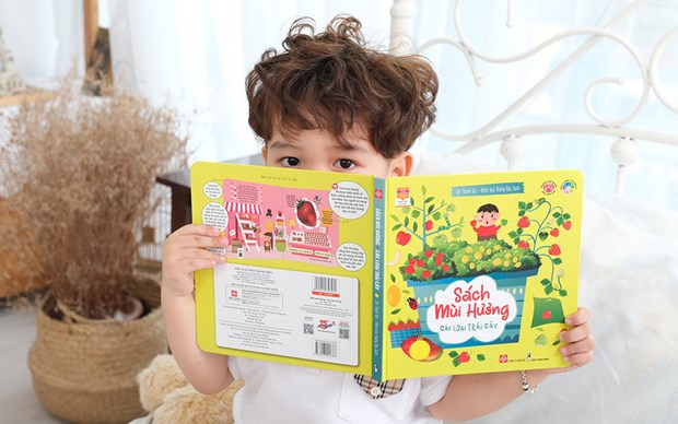 Scented books for kids make debut hinh anh 1