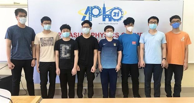 Vietnamese student earns highest score at Asian Physics Olympiad hinh anh 1