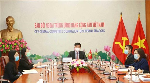 Vietnam commits to international cooperation in fighting COVID-19 hinh anh 1