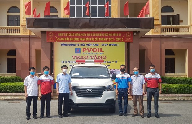 PetroVietnam donates 1.3 million USD to COVID-19 response fund hinh anh 1