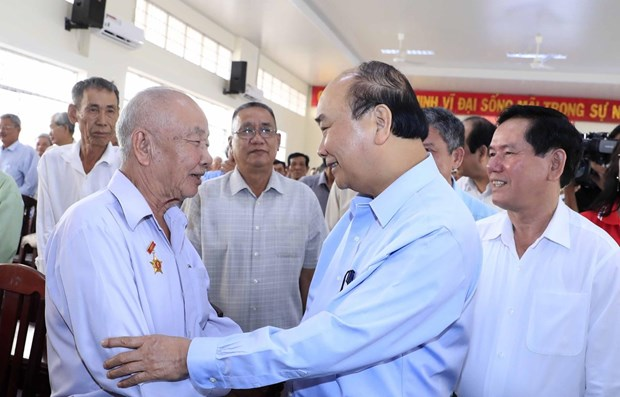 Gifts worth over 480 billion VND to be presented to revolution contributors hinh anh 1