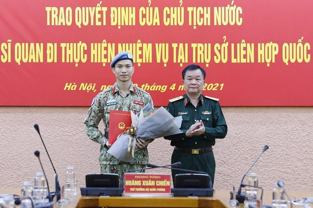 Peacekeeping force helps realise Party's external policy hinh anh 3