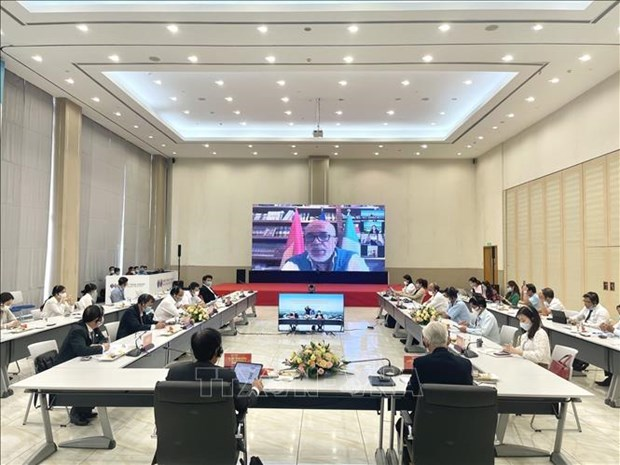 Binh Duong rolls out red carpet for Italian investments hinh anh 1