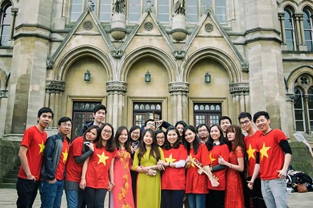 Vietnam, UK look to beef up education cooperation hinh anh 1