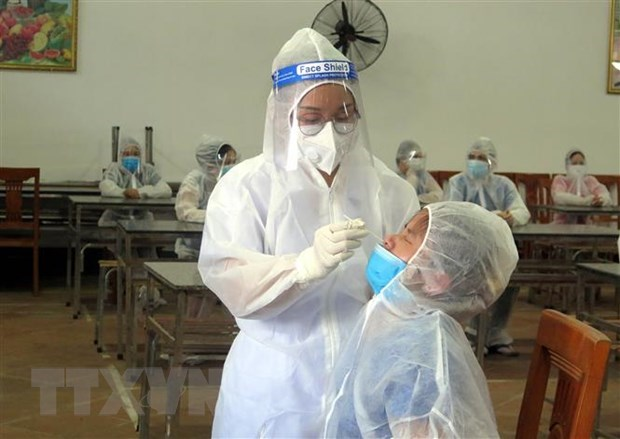 Vietnam reports 52 more domestic COVID-19 infection cases hinh anh 1