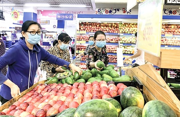 Southern localities ensure adequate supply of essential goods hinh anh 1