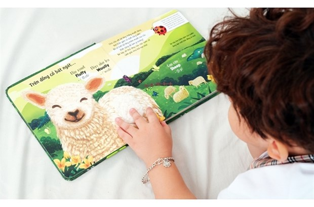 Children's books aim to stimulate young readers hinh anh 1