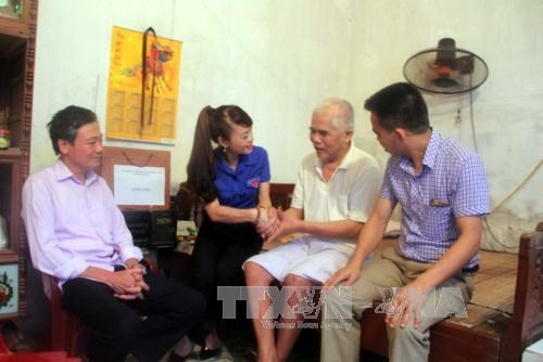 MoLISA to give proposals on gifts for revolution contributors hinh anh 1