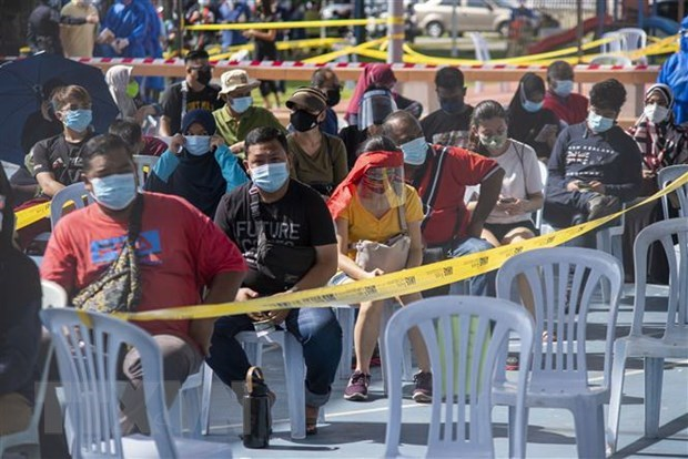 Southeast Asian nations post increasing COVID-19 cases hinh anh 1