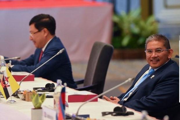 ASEAN envoys to meet junta leader in Myanmar hinh anh 1