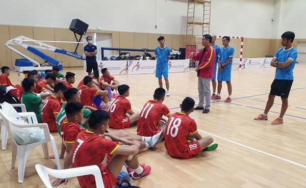 Vietnam bude čelit Brazílii na mistrovství světa ve futsalu Hinh Anh 1