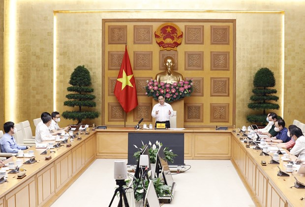PM orders accelerating work towards domestic vaccine production hinh anh 2