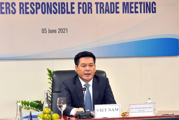 Vietnam calls for initiatives to ensure efficient functioning of APEC supply chains hinh anh 1
