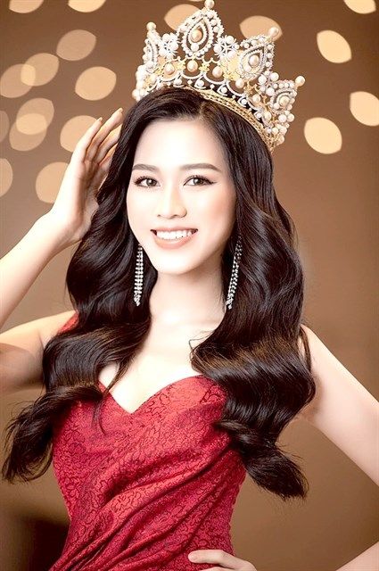 Vietnamese beauties to compete at global pageants hinh anh 1