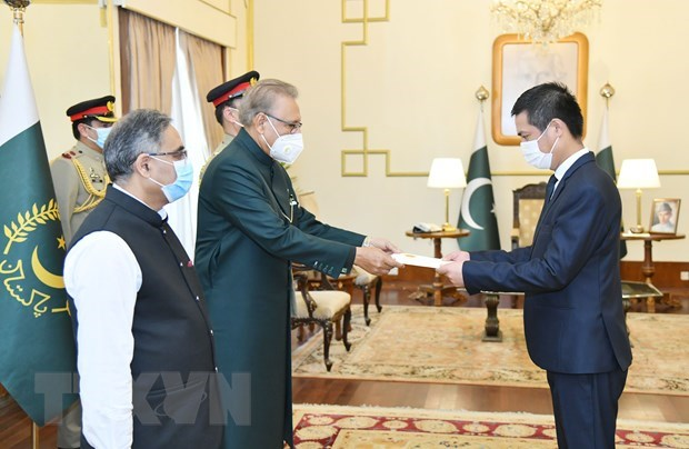 Vietnam looks to further expand cooperation with Pakistan hinh anh 1