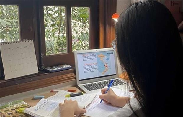 Edek Vietnam 2021 tìm kiếm các giải pháp công nghệ cho giáo dục kỹ thuật số hin anh 1