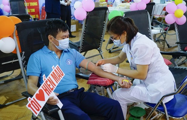 Nearly 425,000 blood units collected since year's beginning hinh anh 1