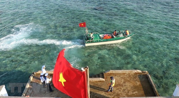 Vietnam resolutely protests all violations of its sovereignty over Truong Sa archipelago hinh anh 1