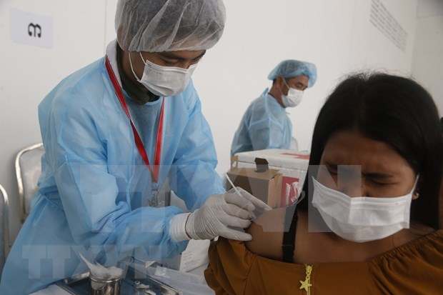 Phnom Penh to complete COVID-19 vaccination on July 8 hinh anh 1