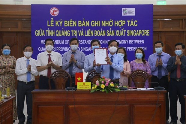Quang Tri inks MoU with Singapore Manufacturing Federation hinh anh 1