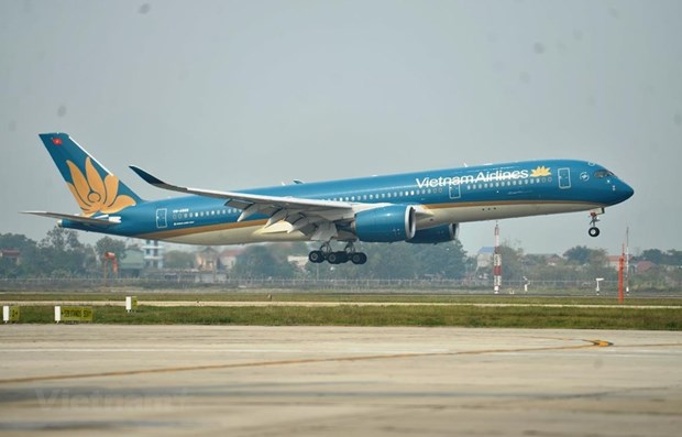 Vietnam Airlines licensed to conduct 12 repatriation flights from US hinh anh 1