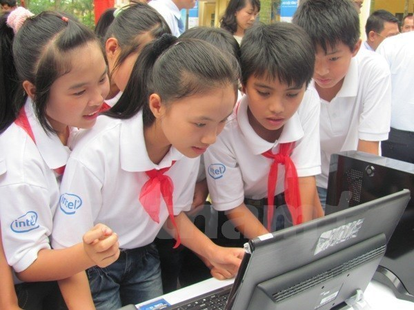UNICEF welcomes Vietnam's approval of programme on child protection online hinh anh 1