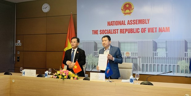 Vietnam attends 12th AIPA Caucus hinh anh 2