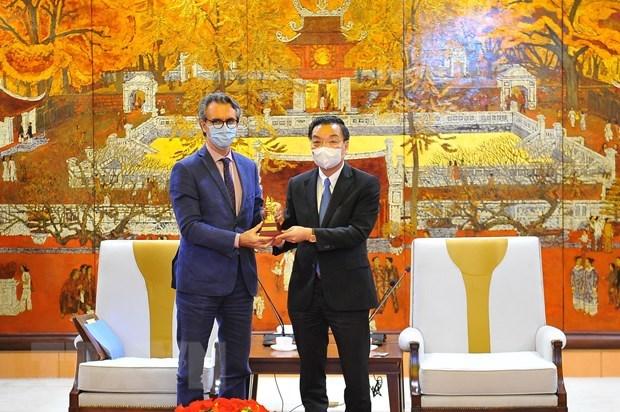 EU proposes buidling European-standard university in Hanoi hinh anh 1