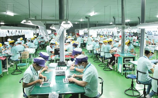 PM orders ensuring quality of life for all workers hinh anh 1