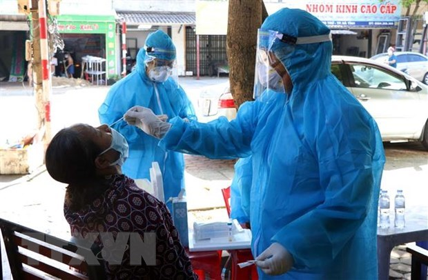 133 local COVID-19 cases reported on June 17 evening hinh anh 1