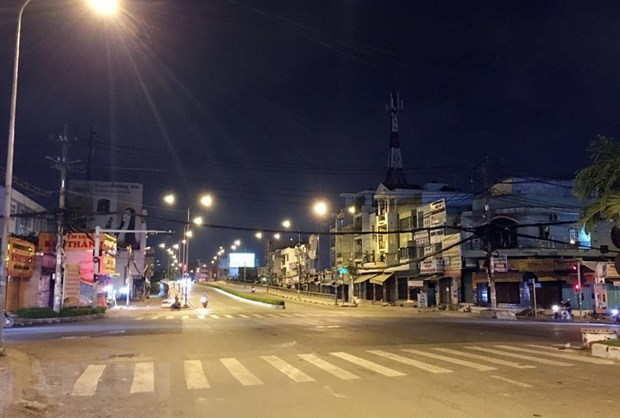 HCM City sets tighter rules as daily COVID-19 cases reach three-digit hinh anh 1