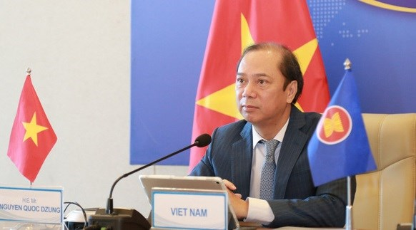 Vietnam attends ASEAN SOM, ExCom SEANWFZ's meeting hinh anh 1