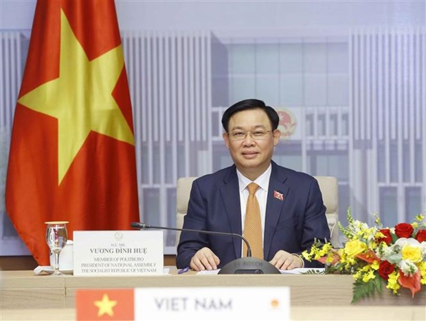Japan to continue assisting Vietnam in COVID-19 vaccines hinh anh 1
