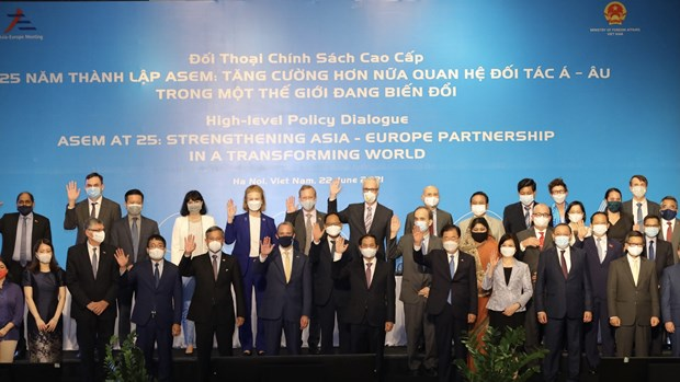 Vietnamese Foreign Minister chairs ASEM High-level Policy Dialogue hinh anh 1