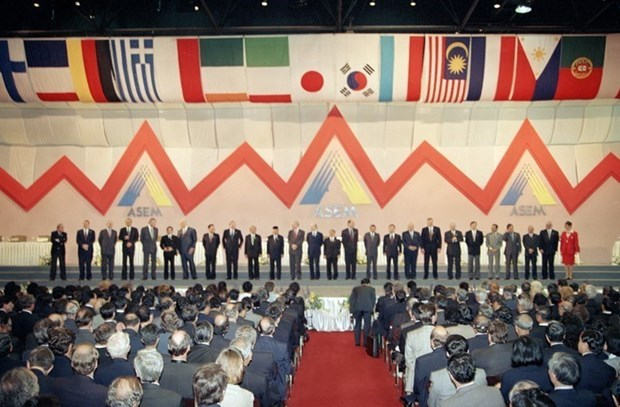 High-level policy dialogue marks 25th anniversary of ASEM hinh anh 2