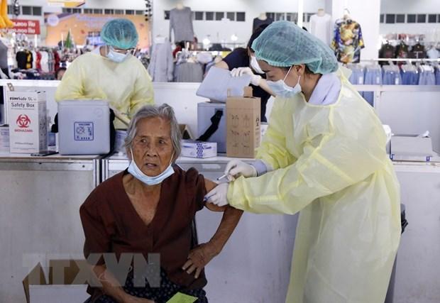 COVID-19: Laos loosens social distancing measures hinh anh 1