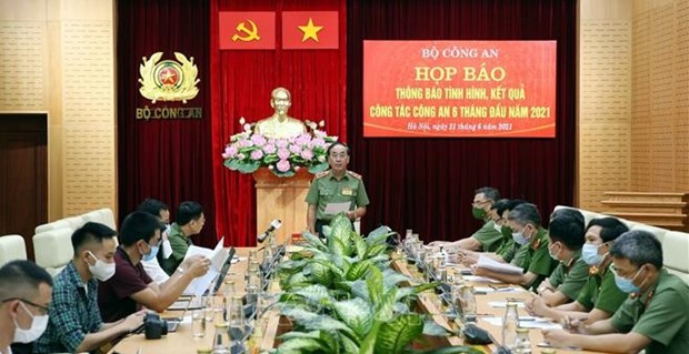 Senior intelligence official to face bribery charge hinh anh 1