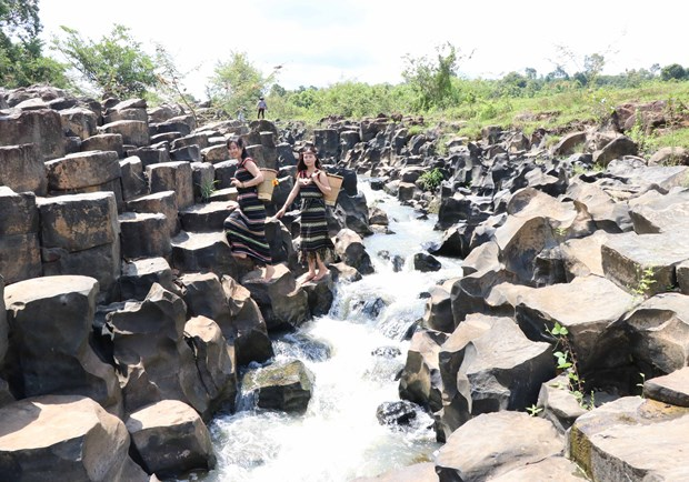 Ancient stone stream discovered in Gia Lai province hinh anh 1