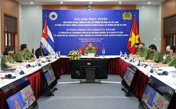 Vietnamese, Cuban ministries target stronger cooperation hinh anh 1