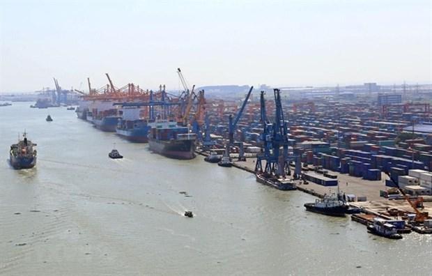 Vietnam records 1.35 billion USD trade deficit in first half of June hinh anh 1