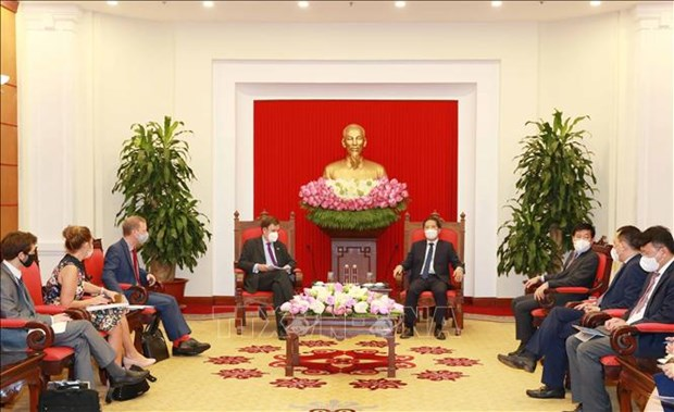 Vietnam, UK tap cooperation potential hinh anh 1