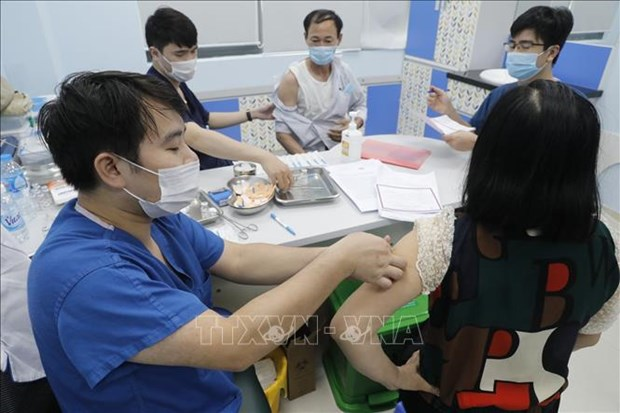 COVID-19: 116 local infections detected on June 24 afternoon hinh anh 1